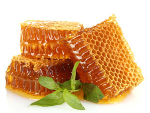 the benefits of raw pure natural honey
